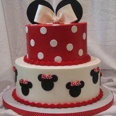 Minnie mouse fondant birthday cake.