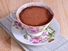 Receta   Tiramisú en tacitas - canalcocina.es Sweet Recipes, Tea Cups, Tableware, Deserts, Cooking, Milkshakes, Mugs, Dinnerware, Tablewares
