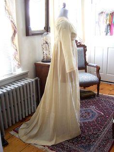 Antique Regency style Edwardian Ivory wool challis Vintage Wedding dress