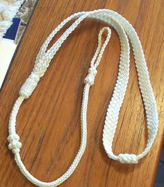 http://www.paracordist.com Boatswains style neck lanyard --making a french sennit tutorial #paracord #knot