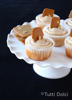 Cookie Butter Cupcakes | Tutti Dolci