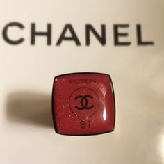 CHANEL Lipstick Brand new and authentic CHANEL Rouge Coco Shine tester. Actual full-size. ❌SOLD OUT EVERYWHERE ❌ Discontinued color.  ❌No trade❌ Very moisture. 10% extra discount on Mercri CHANEL Makeup Lipstick