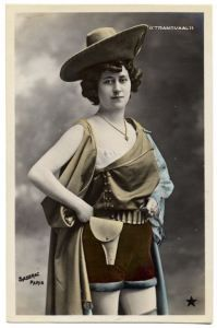 "Propaganda - ""French postcard"" produced in Paris to take advantage of events in South Africa during the Anglo-Boer War. Vintage Photos Women, Antique Photos, Vintage Ladies, Vintage Images, Black And White Pictures, Up Girl, Illustrations, Vintage Postcards, Burlesque"