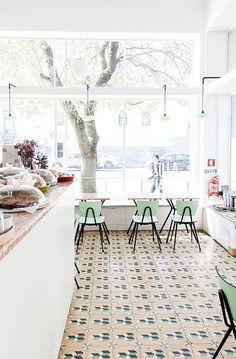 a luz ideal coffee shop in lisbon. / sfgirlbybay