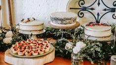 Las tortas son la nueva opción para complementar tu torta dulce, todos pueden probarla y puedes sacar hasta 5 tortas para tus invitados.   Para conocer más de nuestras tortas visita nuestra página web. Catering, Table Decorations, Home Decor, Food Cakes, Getting To Know, Decoration Home, Catering Business, Room Decor, Gastronomia