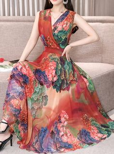 Women's Holiday Casual / Daily Beach Sexy Slim Chiffon Swing Dress - Floral Pleated V Neck Green Red Purple XL XXL XXXL 2019 - € Women Dresses for all occassins to buy online Beach Dresses, Women's Dresses, Stylish Dresses, Pretty Dresses, Beautiful Dresses, Evening Dresses, Fashion Dresses, Summer Dresses, Dresses For Women
