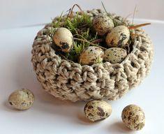 Grimmskram: gehäkeltes Nest  crocheted bird nest
