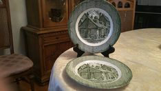 Vintage Set of 2 Royal China, USA, The Old Curiosity Shop,Green Transfer Ware, Curiosity Shop Picture, Dinner Plates,