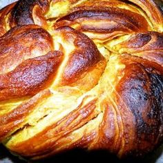 Pastry And Bakery, Bread And Pastries, Pastry Cake, Romanian Food, Romanian Recipes, Bread Baking, I Foods, Sweet Recipes, Cupcake Cakes