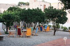 Il Giardino di Lipari - Chairs under the trees #giardino #garden #eolie #lipari #island #isola #summer #lights #sicilia #sicily #travel #live #music #trees