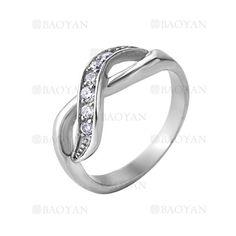 anillo con cristal de plateado en acero inoxidable-SSRGG271932