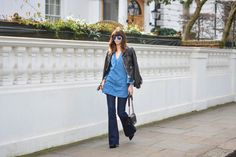 EJSTYLE-Emma-Hill-Zara-denim-dress-tunic-Zara-flare-jeans-Chanel-Boy-bag-Karen-Millen-fringe-leather-jacket-polarised-aviator-ray-ban-sunglasses-OOTD-double-denim-outfit-street-style1.jpg 1,600×1,068 pixels