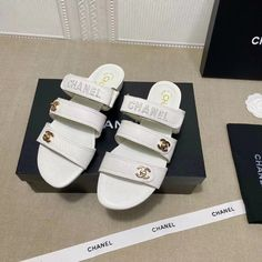 Chanel Brand, Leather Slippers, Chanel Shoes, Slip On, Sandals, Fashion, Leather Flip Flops, Moda, Shoes Sandals