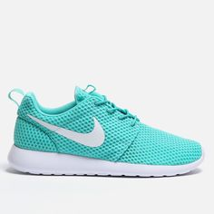 Roshe run br - calypso white nike the way of us superbalist. Sport Fashion, Love Fashion, Two Sisters Cafe, Sports Illustrated Models, Sport Craft, Sports Wallpapers, Nike Roshe Run, Nike Shoes Outlet, Athletic Wear
