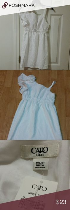 NWT Cato Girls White Dress Adorable white dress with ruffled sleeve. Accent Flower. NWT Cato Dresses