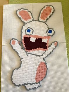 Lapins crétins. Hauteur : 41 cm Largeur : 22,5 cm Fuse Bead Patterns, Beading Patterns, Fuse Beads, Pearler Beads, C2c, Pixel Art, Pixel Pattern, Melting Beads, Home And Deco