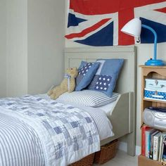 Lighting for holywell farmhouse on pinterest clear glass for Union jack bedroom ideas