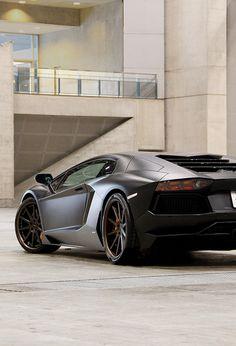 Lamborghini Aventador❇