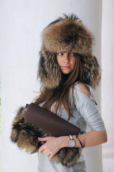 Mens Raccon Fur Hat for Winter - Ushanka Russian Hats Mens - Fur hood - Mens hat - Trapper Hat with Ear Flaps Viking Clothing, Fur Clothing, Curvy Fashion, Boho Fashion, Fashion Hats, Fashion Women, Cheap Fashion, Fashion Online, Fashion Websites