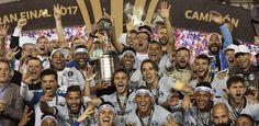Grêmio domina Lanús na Argentina, vence com golaços e é tri da Libertadores