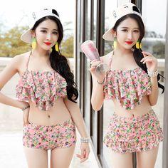 $25.61 (Buy here: https://alitems.com/g/1e8d114494ebda23ff8b16525dc3e8/?i=5&ulp=https%3A%2F%2Fwww.aliexpress.com%2Fitem%2F2016-Korean-flounce-bra-floral-sexy-boxer-pleated-skirt-type-three-piece-bikinis-female-swimsuit%2F32702218124.html ) Vintage Swimsuit Women Bikinis Bikini 2016 Bathing Suit Bikini Push Up Bikini Set Retro Swim Suit Bathing Suits Floral Pleated for just $25.61