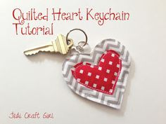 Jedi Craft Girl: Quilted Heart Keychains