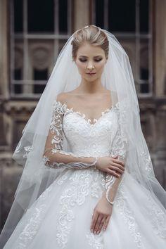 Wedding Dresses Sydney, Fancy Wedding Dresses, Beautiful Wedding Gowns, Bohemian Wedding Dresses, Wedding Dress Sleeves, Wedding Bridesmaid Dresses, Bridal Dresses, Wedding Hair Colors, Wedding Wows