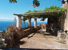 63435_casa_eoliana_isola_di_alicudi.jpg (550×410)