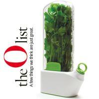 Oprah-approved herb savor keeps herbs fresh for longer.
