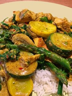 Jasmine Rice Recipes, Madras Curry, Coconut Curry Chicken, Cooking With Olive Oil, Healthy Dinners, Coconut Milk, Cilantro, Onion, Salt