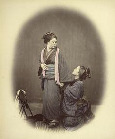 Felice Beato (1832-1909) Putting on the Obi 1866-1867 01