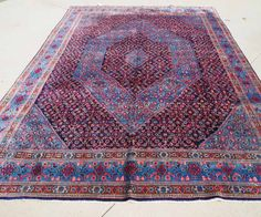 Wool on cotton hand knotted Persian carpet Senneh. Approximately 70 - 80 years old