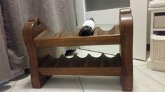 40 zł: Posiadam na sprzedaż stojak na wino drewniany, wymiary jak na zdjęciu.