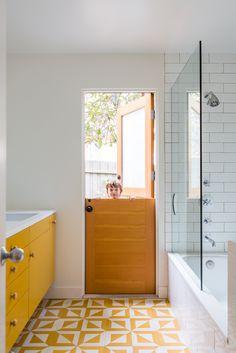 Yellow bath/ Bestor Architecture Ojai House