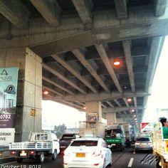 大渋滞 #slex southbound near #sucat super heavy #traffic #philippines #フィリピン#高速道路