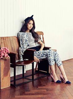 Im Yoona of Girls' Generation for Ceci Magazine Kim Hyoyeon, Yoona Snsd, Snsd Fashion, Asian Fashion, Fashion 2014, Fall Fashion, Girls Generation, South Korean Girls, Korean Girl Groups