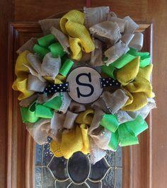 My spring burlap wreath .....