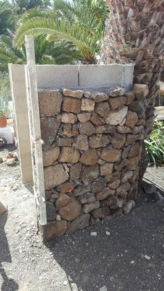 Rock Retaining Wall, Gabion Wall, Landscaping Retaining Walls, Earthship Home, Brick Masonry, Small Backyard Design, Casas Containers, Building Stone, Garden Shower