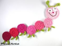 Crochet Caterpillar Applique Motif By Elena - Free Crochet Pattern - (goldenlucycrafts) Crochet Bookmarks, Crochet Books, Crochet Art, Love Crochet, Crochet Motif, Crochet Designs, Crochet Flowers, Baby Knitting Patterns, Crochet Patterns