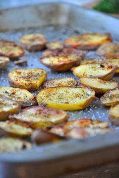 Cinnamon Coconut Potato Chips | Recipe on idahopotato.com http://recipes.idahopotato.com/cinnamon-coconut-potato-chips/