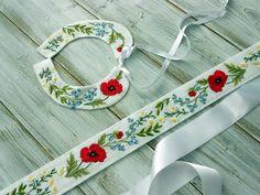 Dieses wunderschöne handbestickte Hochzeitsset haben wir speziell auf der Wunsch von Braut gefertigt.  Länge: 80… Tableware, Kids Clothes, Daughter, Gifts, Wedding, Nice Asses, Wish, Dinnerware, Dishes