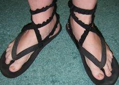 Quick costume sandal