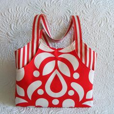 Amelie tote  bag pattern pattern for a roomy tote bag with