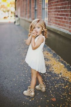 Finding the Cute Outfits to Dress Up Your Children : Best Looks Cute Kids Outfits Fashion Kids, Little Girl Fashion, My Little Girl, Toddler Fashion, Cute Kids, Cute Babies, Baby Kids, Beautiful Children, Beautiful Babies