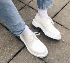 The Mono 1461 shoe in white, shared by amtkx.