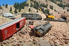 It has been said that collecting classic toy trains in the world's greatest hobby. Many of today's collectors received their first toy train set when they were young, often as a Christmas or birthday present. N Scale Trains, Ho Trains, Model Trains, Train Miniature, N Scale Layouts, Old Steam Train, Bucyrus Erie, Garden Railroad, Train Pictures