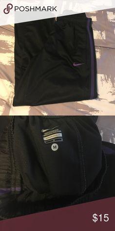 Mens Nike track pants Men's Nike track pants size Medium Nike Pants Sweatpants & Joggers
