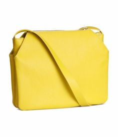 Yellow shoulder bag to brighten up your day! H&M #ACCESSORIZEINHM
