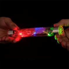 Energy stick shows the truth about science of electricity. What do you know about science of electricity? Science Toys, Stem Science, Physical Science, Science Experiments, Kid Science, Summer Science, Easy Science Fair Projects, Science Ideas, Steve Spangler Science