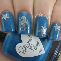47 Gorgeous Nail Art For Fall Blue And Silver Shimmer Ocean Nails With Seahorse Starfish